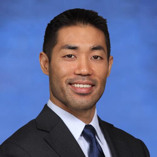Dan Suzuki Headshot